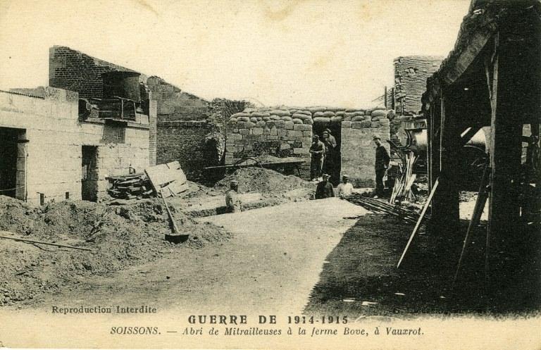 Guerre 1914-1915 - Soissons - Abri de Mitrailleuses à la ferme Bove, à Vauxrot_0