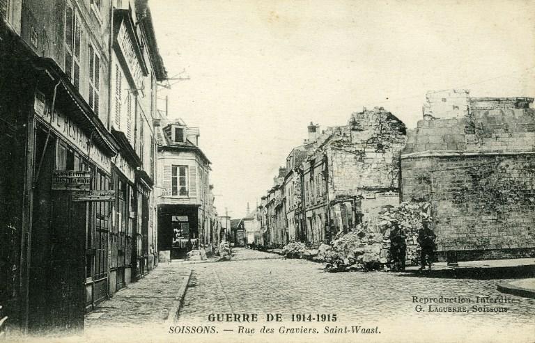 Guerre 1914-1915 - Soissons - Rue des Graviers - Saint-Waast_0