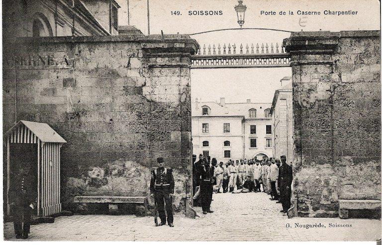 Soissons - Porte de la Caserne Charpentier_0