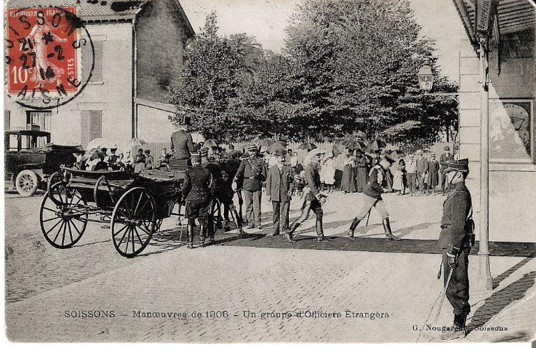 Soissons - Manoeuvres de 1906 - Un groupe d'officiers étrangers