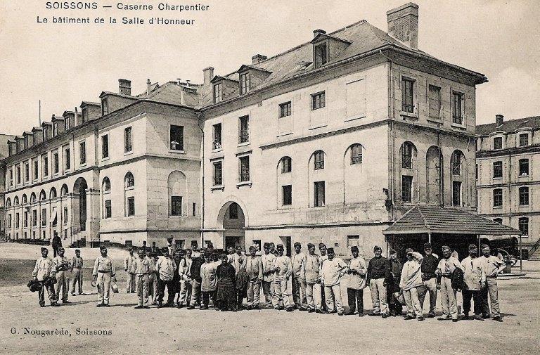 Soissons - Caserne Charpentier - Le bâtiment de la Salle d'Honneur