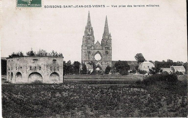 Soissons - Saint-Jean-des-Vignes - Vue prise des terrains militaires_0