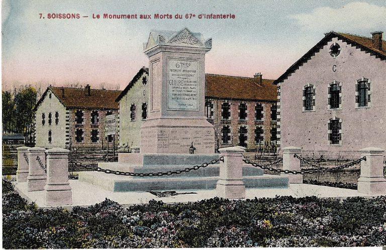 Soissons - Le Monument aux Morts du 67e d'infanterie_0