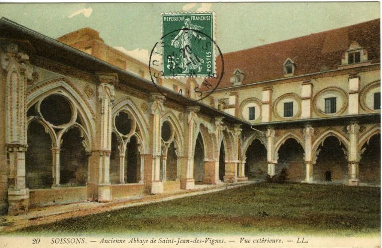 Soissons - Ancienne Abbaye de Saint-Jean-des-Vignes - Vue extérieure_0