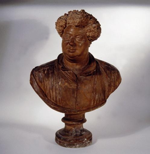 Buste d'Alexandre Dumas père_0