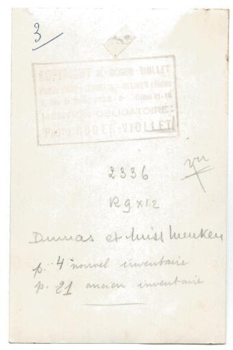 Alexandre Dumas père et Ada Menken debout