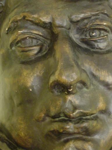 Moulage en plâtre de la tête et du col de la statue d'Alexandre Dumas père