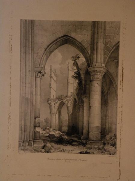 Ruines de l'abside de l'église de l'abbaye de Longpont_0