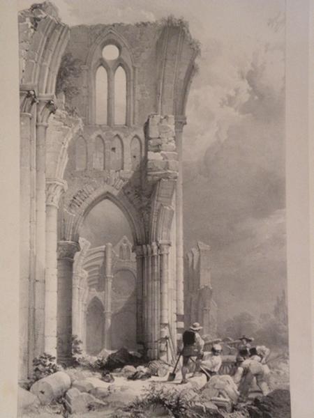Nef latérale - Eglise de l'Abbaye de Longpont_0