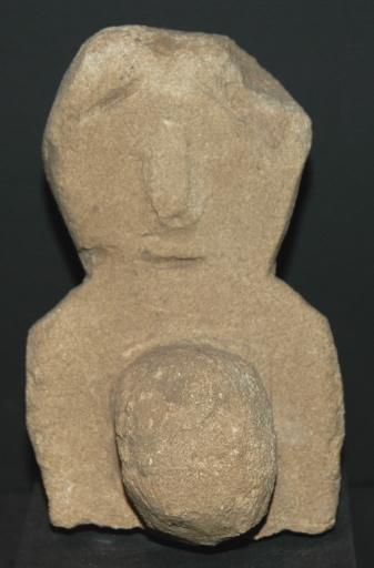 Ex-voto du temple de la forêt d'Halatte, femme enceinte (?)