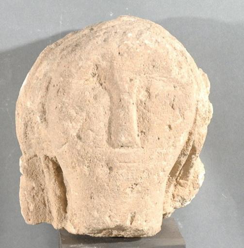 Ex-voto du temple de la forêt d'Halatte, tête de femme