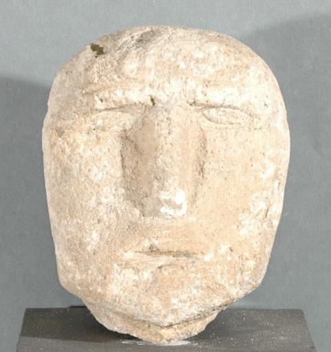 Ex-voto du temple de la forêt d'Halatte, tête d'homme_0