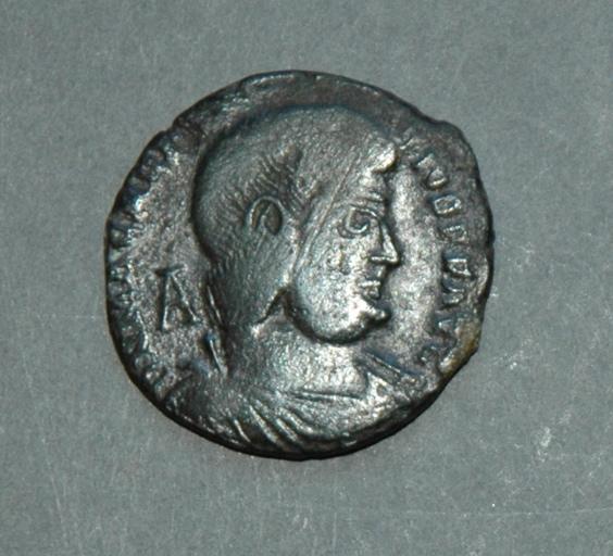 Maïorina de Magnence (350-353)