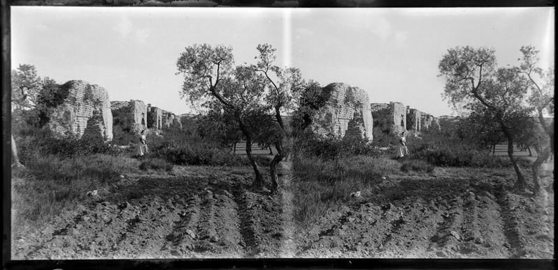 Ruines de l'aqueduc de Barbegal_0