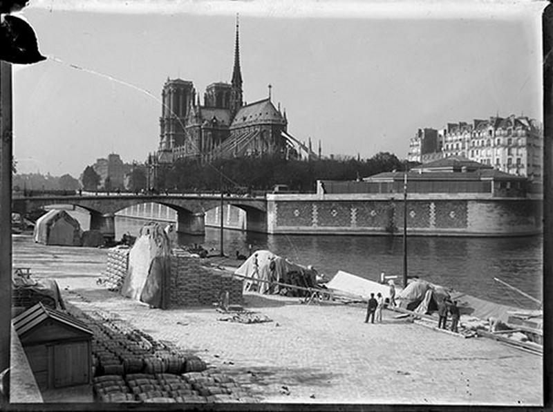 BOUZANQUET Gaston : Paris, quai de marchandises