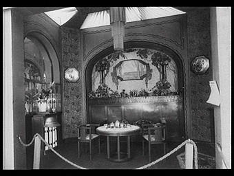 Galeries des écoles d'art de France : cabinet particulier dans un restaurant