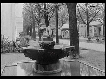Fontaine 'Suzanne', pavillon de la Suède