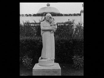 Jardins de Lambert, Femme et enfant