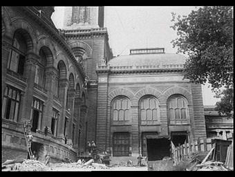 Exposition internationale ; palais ; rotonde ; pavillon ; démolition ; ouvrier
