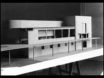 Exposition internationale ; pavillon d'exposition ; maquette ; projet
