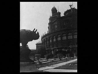 Exposition internationale ; palais ; rotonde ; ronde bosse ; animal ; jardin public ; socle ; troisieme republique