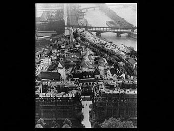 Exposition internationale ; projet ; maquette ; paysage urbain ; vue aérienne ; pavillon d'exposition ; trompe l'oeil