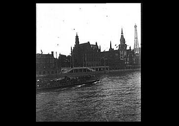 Vue générale prise depuis la Seine