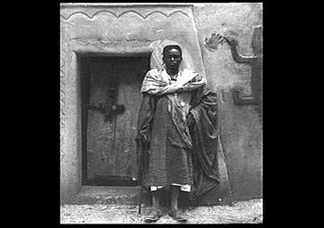 Un maure sénégalais en costume de fête