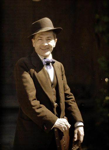 Monsieur Galipaux souriant