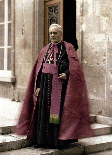 Monseigneur Pechenard, évêque