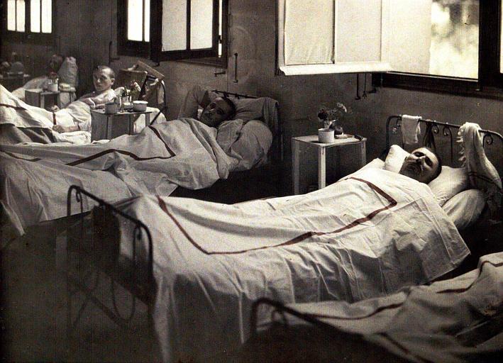 Trois malades blessés à Laffaux