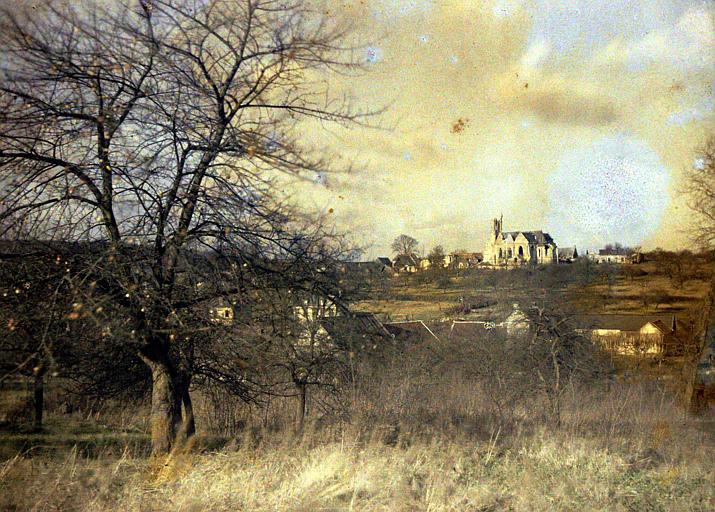 Panorama, avec église à l'horizon
