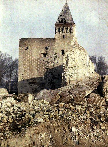 Château où fut enfermé Napoléon III : vue rapprochée