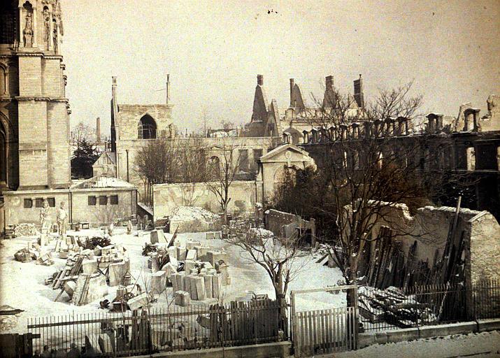 Ensemble des ruines sous la neige