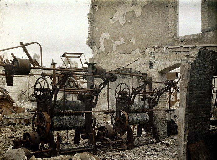 Restes : machines rouillées