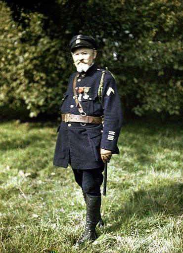 Les héros de Drie Grachten : le capitaine de frégate de Maupeou, commandant les fusiliers marins