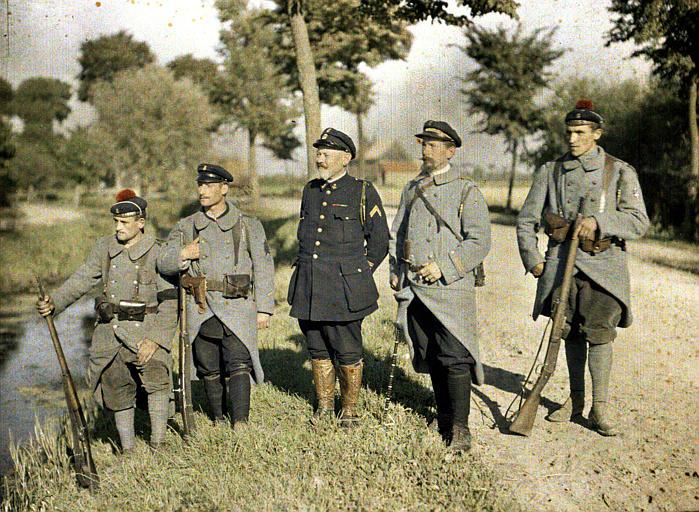 Les héros de Drie Grachten : cinq militaires, officiers et soldats