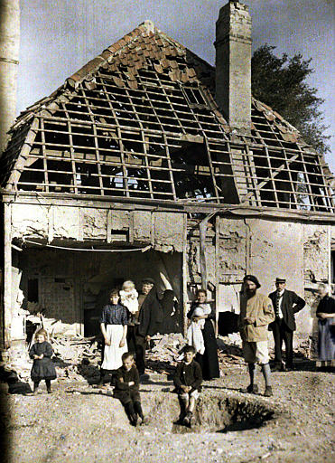 Près de Dunkerque, bombardements des 10 et 11 septembre, destructions
