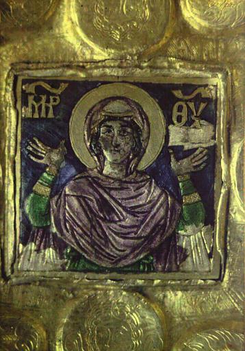 Détail d'un objet historique représentant la Vierge