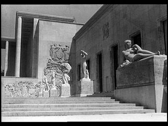 Sculpture : Allégorie à la gloire des arts