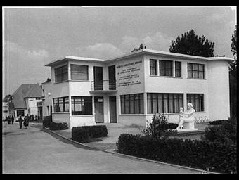 Annexe Maillot ; Centre Artisanal ; Maison de l'Enseignement ménager
