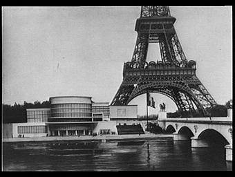 Pavillon de la Belgique ; Tour Eiffel