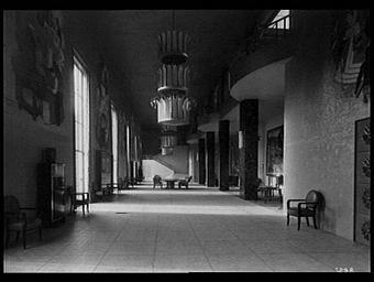 Centre des Métiers ; Pavillon de l'U.C.A.F. des Tissus et de la Manufacture des Gobelins