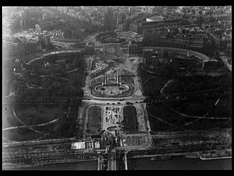 Palais du Trocadéro ; Jardins du Trocadéro