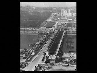 Pont d'Iéna ; Palais du Trocadéro