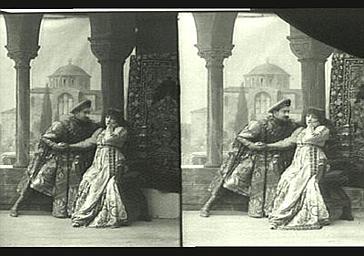 Sarah Bernhardt et Abel Deval dans 'Gismonda'