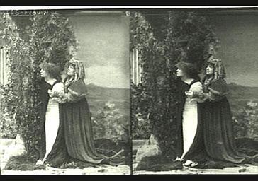 Sarah Bernhardt : Gismonda, Mlle Marthold : Thisbé, dans 'Gismonda', drame de Victorien Sardou