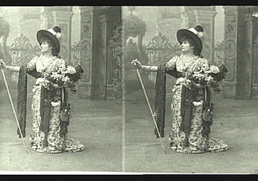 Sarah Bernhardt : Tosca, dans 'La Tosca', drame de Victorien Sardou