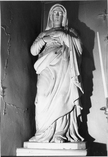 Statue de la vierge en bois peint