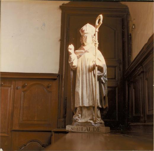 statue : saint Claude, bois peint, fin 16e siècle - début 17e siècle, vue frontale